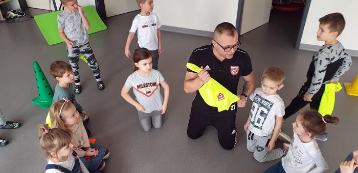 Futbolgang w Przedszkolu im. Kubusia Puchatka